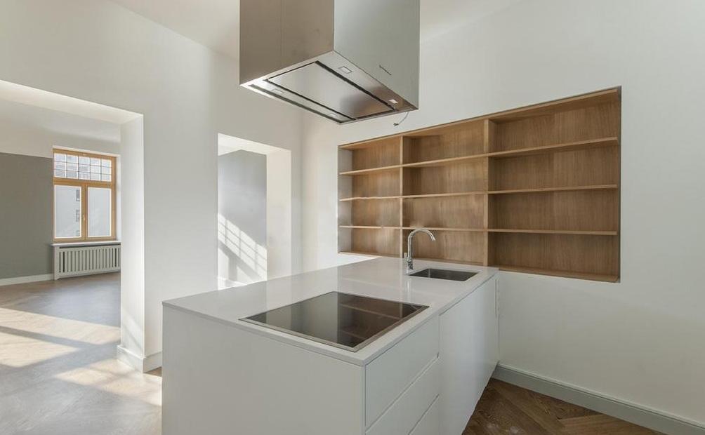 moderne ma geschneiderte k che. Black Bedroom Furniture Sets. Home Design Ideas