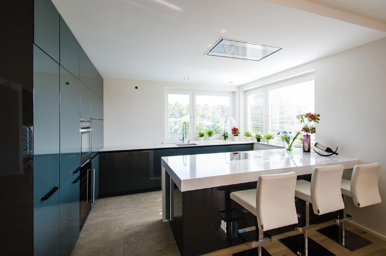 Steriler, minimalistischer Charakter der modernen Küche 1