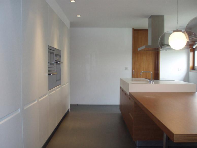 skandinavischer stil in heller k che mit insel. Black Bedroom Furniture Sets. Home Design Ideas
