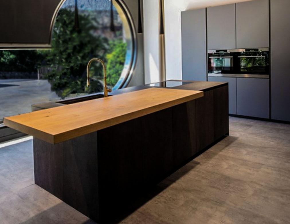 Die schöne offene Küche 1