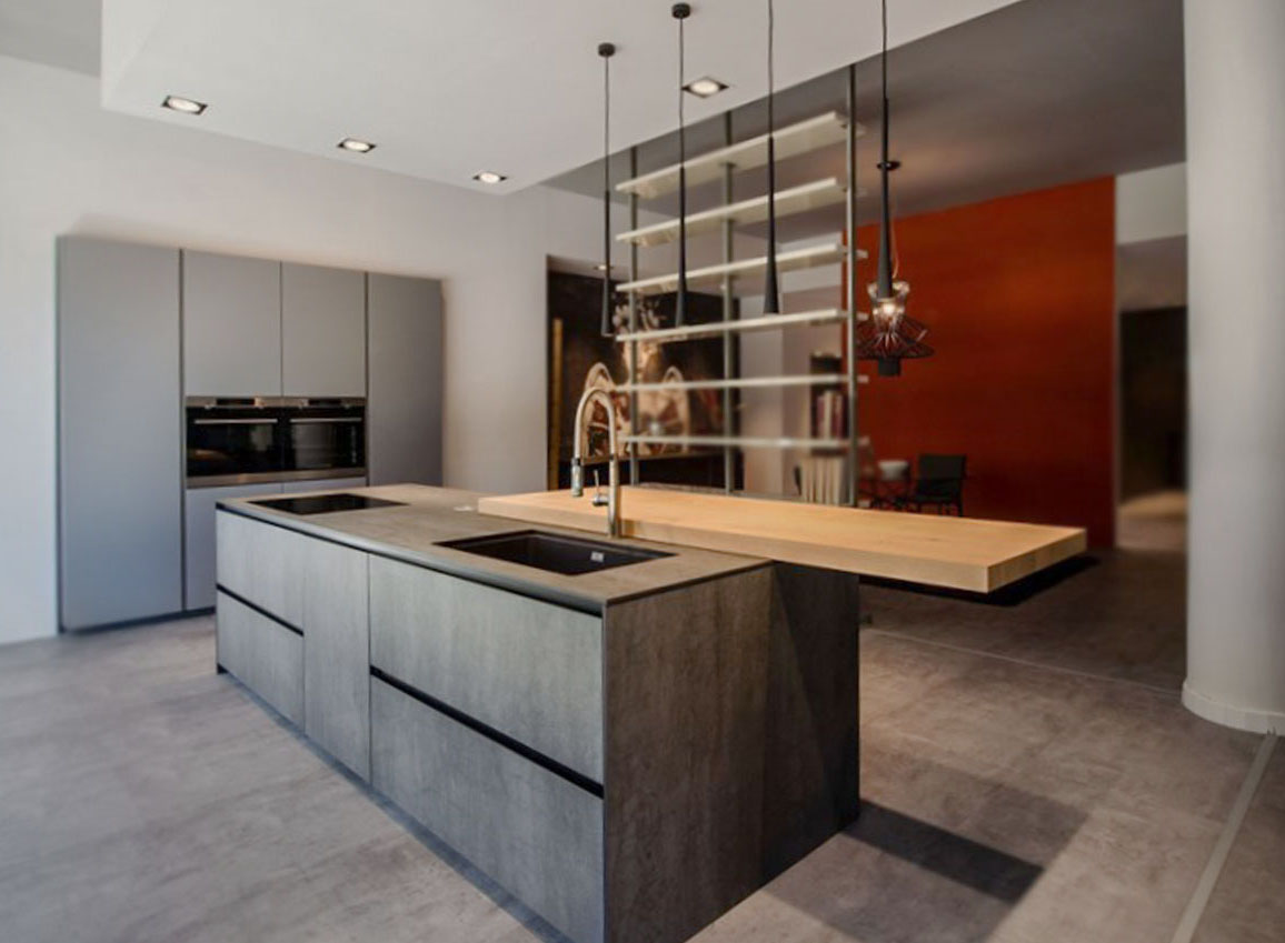 Die schöne offene Küche