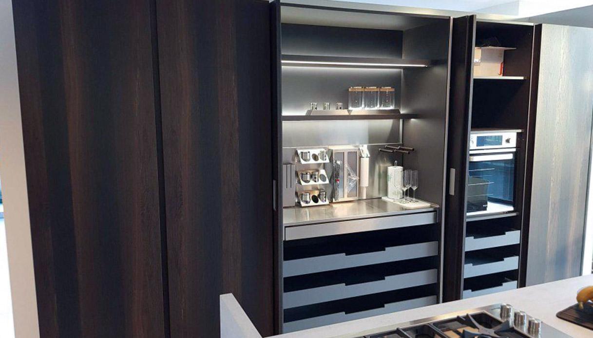 Es ist sehr heimlich und elegant in der modernen Küche 6