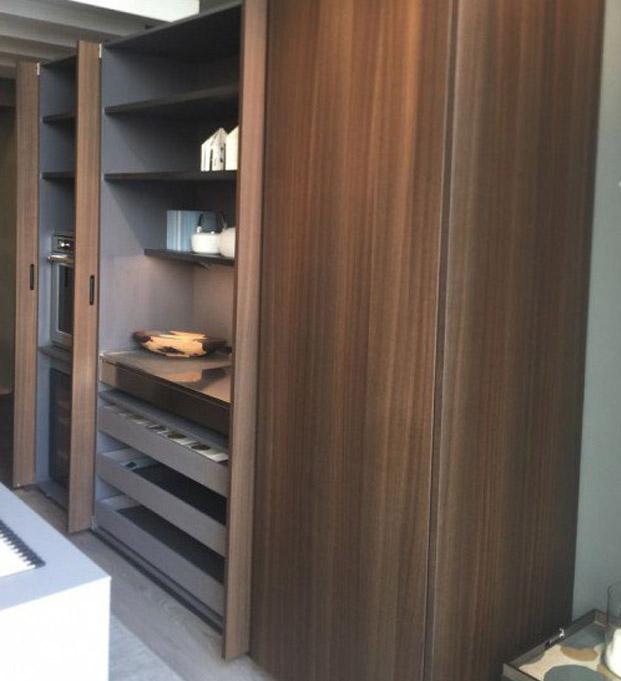 Moderne-stilvolle-Küche-4